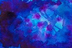 Diepe blauwe waterverfachtergrond Royalty-vrije Stock Afbeelding