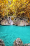 Diepe bosWaterval in Kanchanaburi Royalty-vrije Stock Foto