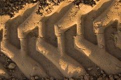 Diepe bouwsporen in zand royalty-vrije stock afbeelding