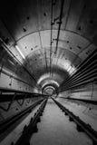 Diepe metro tunnel Stock Afbeelding