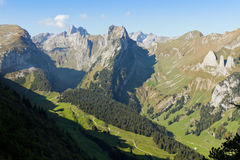 Diepe vallei in Saentis, Zwitserland Royalty-vrije Stock Afbeelding