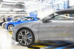 DIEPPE FRANKRIKE - JUNI 30, 2018: Den nya modellen av sportbilen alpin A110 ställs ut på fabriken Renault Alpine bil fotografering för bildbyråer