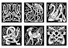 Dieren in Keltische stijl op zwarte Royalty-vrije Stock Foto's