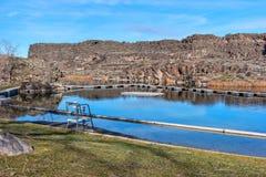 Dierkes sjö nära Shoshonenedgångar, Idaho Arkivbilder