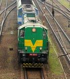 diesel- elektrisk lokomotiv för par royaltyfria bilder