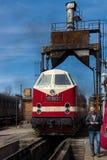 "Diesel- lokomotiv DR Class 119 (""23rd Augusti"" Bucharest lokomotivarbeten) Arkivfoton"
