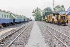 Diesel- lokomotiv, drev i Thailand Fotografering för Bildbyråer