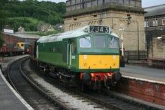 Diesel-Lokomotive D7162 der Klassen-25 an Keighley, an Keighley und am Wert Lizenzfreies Stockbild