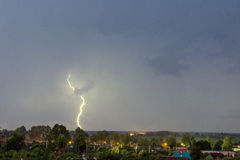 Dieser Blitz über der Stadt Stockbilder