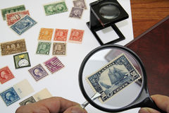 Briefmarkensammler Stockbild