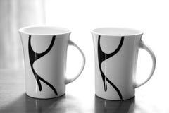 Dieses hat weichen Fokus und ist ein träumerisches schauendes Foto, vordere Kaffeetasse ist der Fokus des photo Lizenzfreie Stockbilder