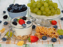 Diet dessert of yogurt and berries Royalty Free Stock Photography