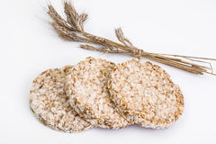 Diet-mat: bröd från hela korn och yoghurt royaltyfria bilder