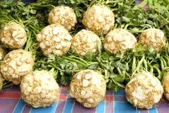 Dieta do vegetal de fruto da desintoxicação do verão da mola Feche acima da pilha da colheita Suporte do supermercado do assor li Imagem de Stock