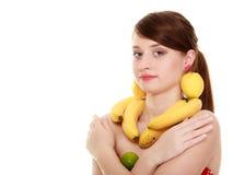 Dieta Muchacha con el collar y los pendientes de la fruta Fotografía de archivo libre de regalías
