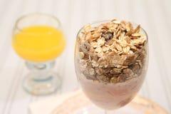 Dieta saudável do muesli do iogurte do pequeno almoço Imagem de Stock