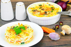Dietary Scrambled Eggs with Carrots and Mushrooms Royalty Free Stock Photos