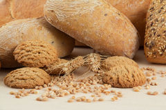 Dietetic bread and crackers with wheat seeds Royalty Free Stock Photos