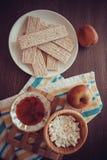 Dietetyczny crispbread z miodem obraz stock