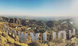 Dietro il segno di Hollywood Fotografie Stock