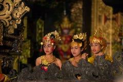 Dietro le quinte del ballo di balinese (ballo di Kecak) Immagini Stock Libere da Diritti