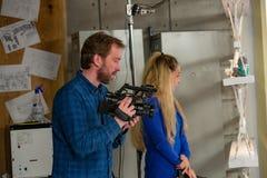 Dietro le scene di video fucilazione del video o di produzione immagine stock