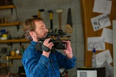 Dietro le scene di video fucilazione del video o di produzione fotografia stock libera da diritti