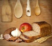 Diety rocznika jedzenie w retro kuchni wciąż życiu zdjęcia stock