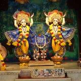 Dieu indou Krishna avec son épouse Radha et Gopikas Image libre de droits