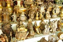 Dieux et statues indous de Bouddha photo stock