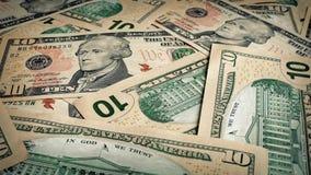 Diez billetes de dólar que giran metrajes