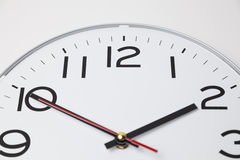 Diez minutos al reloj dos fotografía de archivo libre de regalías