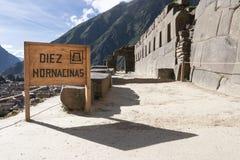 Diez Nornancinas i Ollantaytambo, Peru royaltyfri fotografi