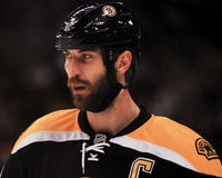 Difensore Zdeno Chara di Boston Bruins Fotografie Stock