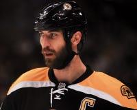Difensore Zdeno Chara di Boston Bruins Fotografie Stock
