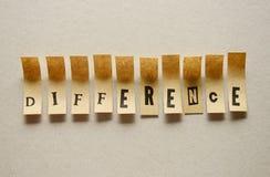Diferença - palavra em letras pegajosas imagens de stock royalty free