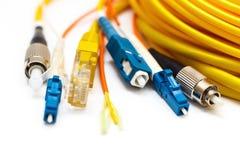 Diferente tipo de conectores aislados en blanco Imagen de archivo
