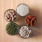 Diferentes tipos de granos Imágenes de archivo libres de regalías