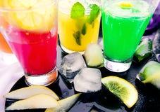 Diferentes tipos de limonadas frescas Imagen de archivo