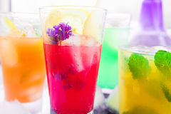Diferentes tipos de limonadas frescas Foto de archivo libre de regalías