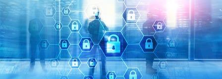 Difesa di segretezza di informazioni, di Cybersecurity, di protezione dei dati, del virus e di spyware fotografie stock libere da diritti