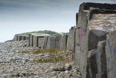 Difese anticarro della spiaggia WW2 fotografia stock libera da diritti