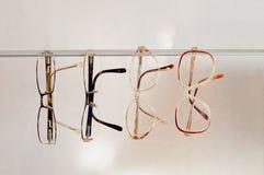 Différentes paires de lunettes Photos stock