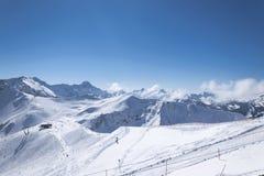 Différentes pentes de ski de difficulté Images stock