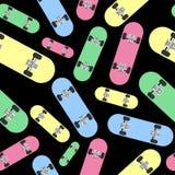 Différentes planches à roulettes colorées Modèle sans couture avec des patins illustration de vecteur