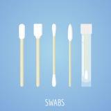 Différents écouvillons, bâton d'oreille dans le style plat sur le fond bleu Outils médicaux, objets d'hygiène Photos stock