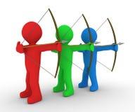 Différents archers visant la même cible Photo libre de droits
