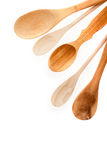 Différents genres d'ustensiles en bois de cuisine Image stock