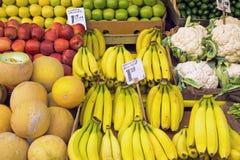 Différents genres de fruits et légumes Photo libre de droits