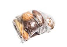 Différents genres de pain dans le sachet en plastique transparent Photo libre de droits